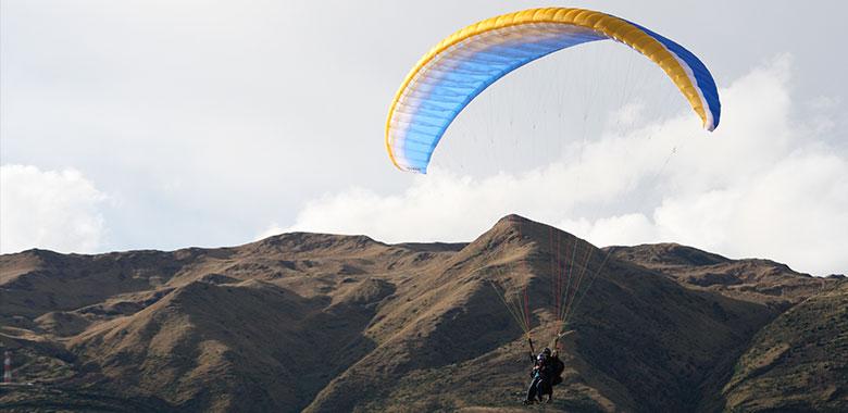 Vuelo en Parapente Cusco, Parapente en el Valle Sagrado, Parapente
